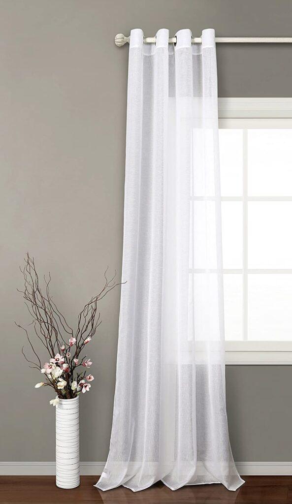 Cortinas-blancas-dormitorio-matrimonio